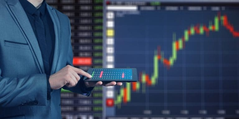 using-technology-to-find-new-ways-to-invest-your-money